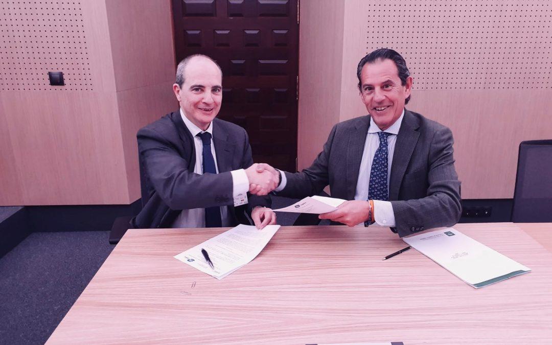 La Junta apuesta por el fomento de la actividad  logística con la firma de un acuerdo con el CEL